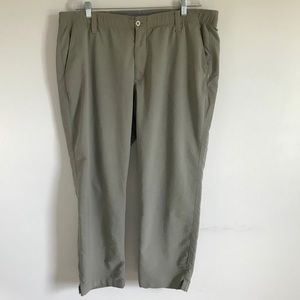 Under Armour Flat Front Golf Chinos Sz 42/30